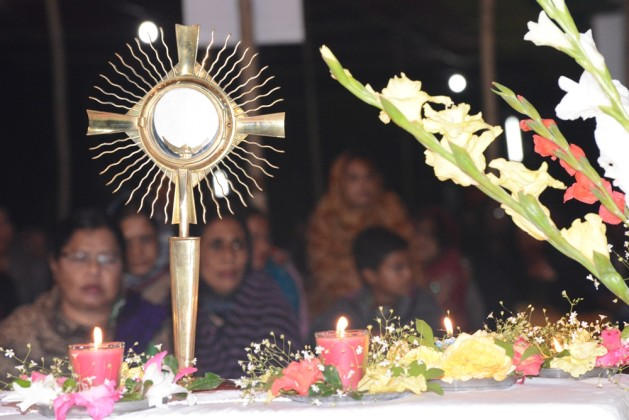 Adoration of blessed sacrament in Diang Pilgrimage