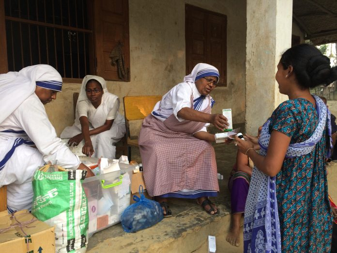 Medical service in Lama, MC sisters are distributing free medicine