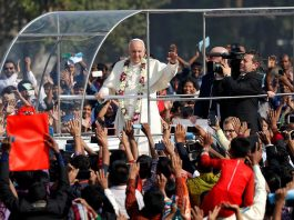 Pope Francis in Papa Mobile before Mass at Suhrawardy Udyan, Dhaka