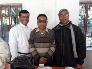 Bro. Ronjon Purification, csc; Fr. Dominick Rozario, omi with the UP Chairman of Alikadam