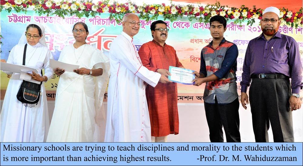 Handing over certificates